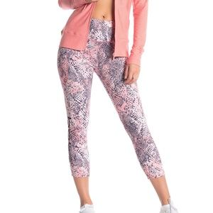 bebe Sport Pocket Crop Leggings